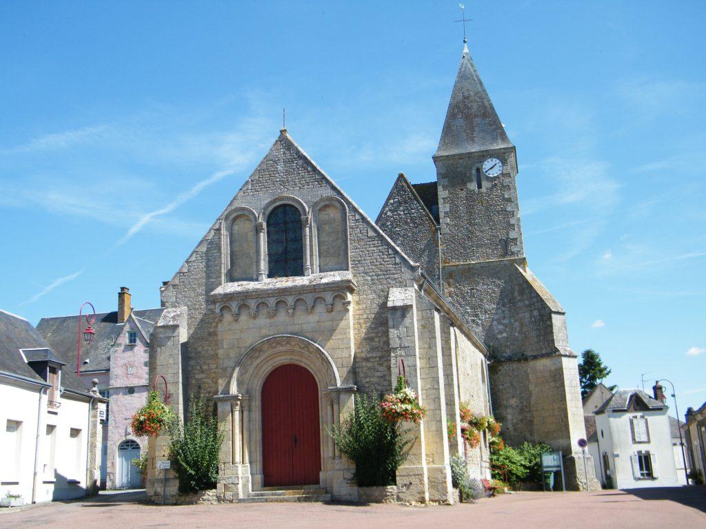 Gréez-sur-Roc,_Sarthe,_Fr,_église